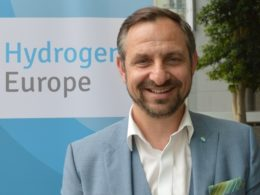 Hydrogen's role in the energy transition : Q&A with Jorgo Chatzimarkakis, Secretary General, Hydrogen Europe