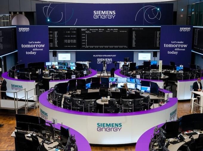 Siemens Energy lists on stock exchange