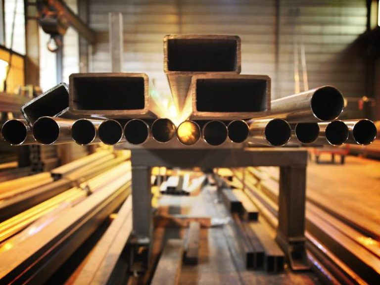 Europe's steel industry rapidly running out of carbon budget